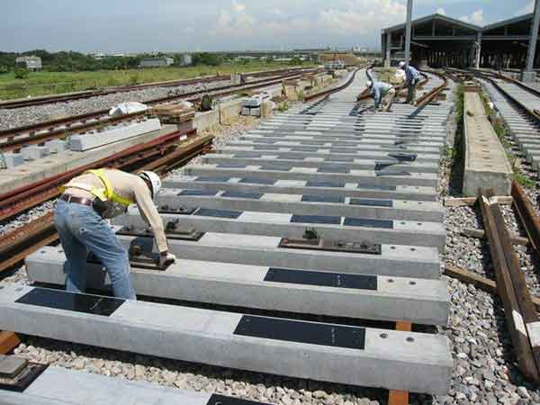 installation standard of railway track