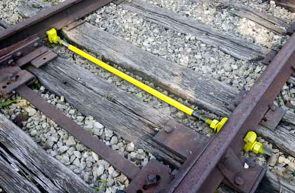 insulated railway gauge rod in railroad